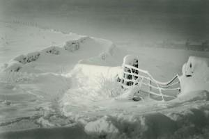 210 snowy gate